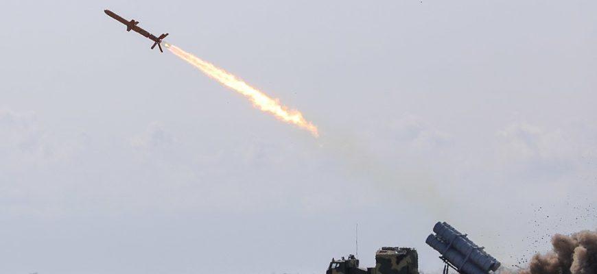 На Украине испытали ракету, якобы способную уничтожить Крымский мост (видео)