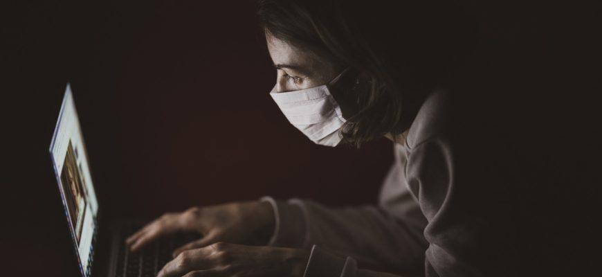 Почему почти треть россиян не верят в коронавирус