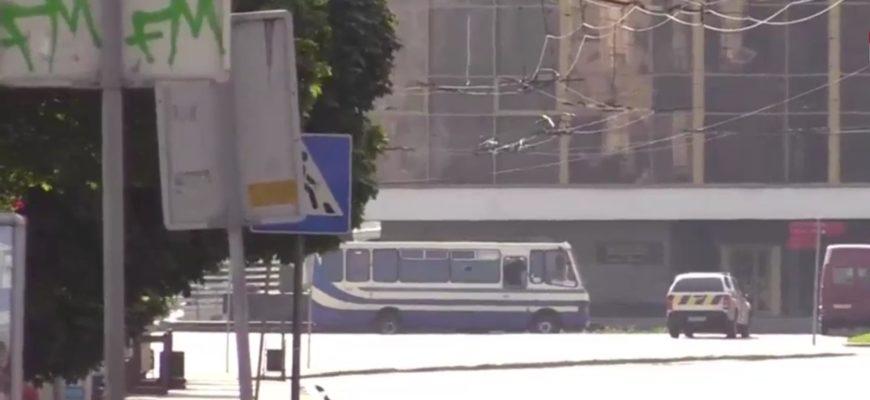 Заложники в Луцке 8 часов без воды и возможности сходить в туалет