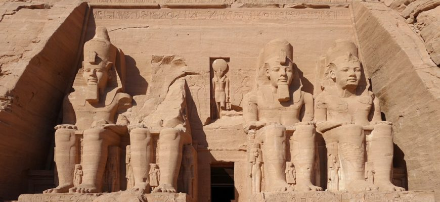 Английские археологи приблизились к разгадке тайны места захоронения Клеопатры