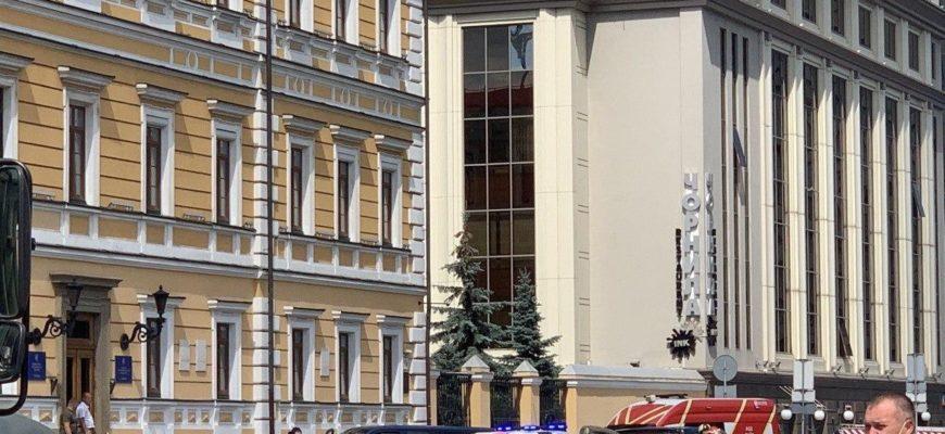 На Украине снова человек угрожал взрывом и захватил заложников